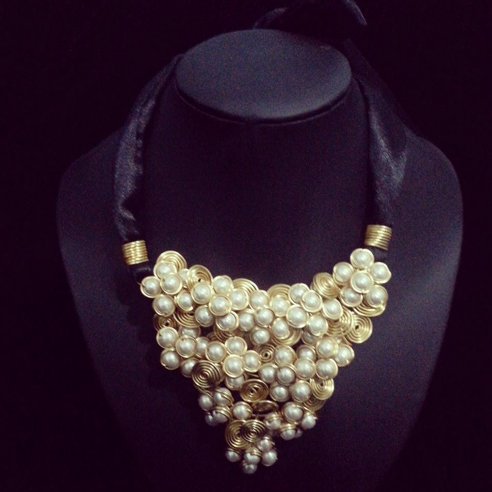 Check out this pretty bib necklace!