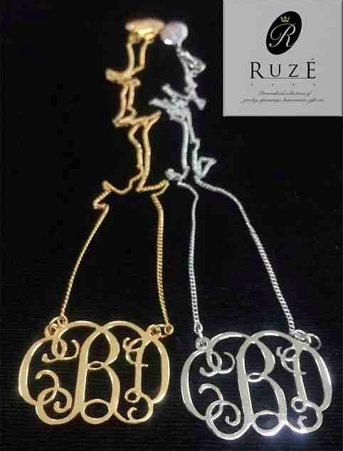 These monogram necklaces are so pretty!