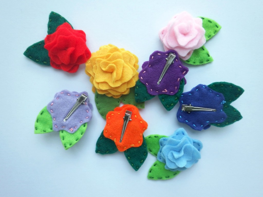 These colorful felt blooms are clips for your pretty little ones!  All lovingly handmade by Aissa of 417 Crafts.