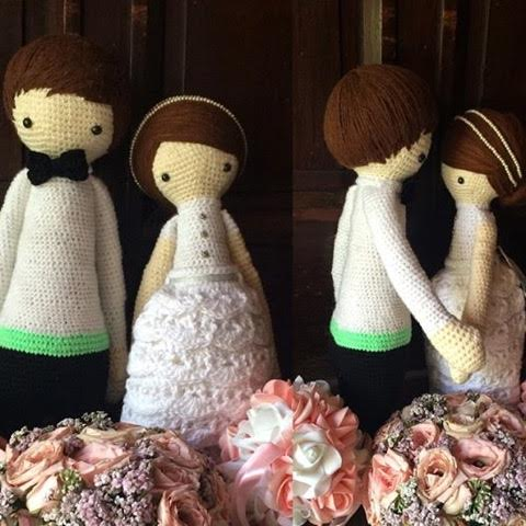 Margaux also does really awesome crocheted dolls--this pair looks absolutely lovely for a wedding.